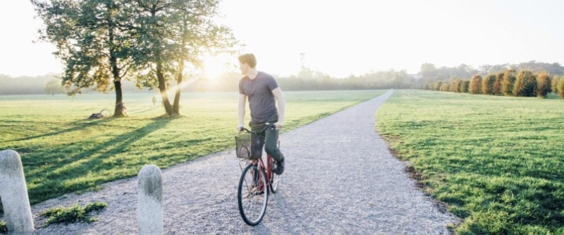 Op zoek naar een huis fietsten we langs de Langstraat in Milsbeek.