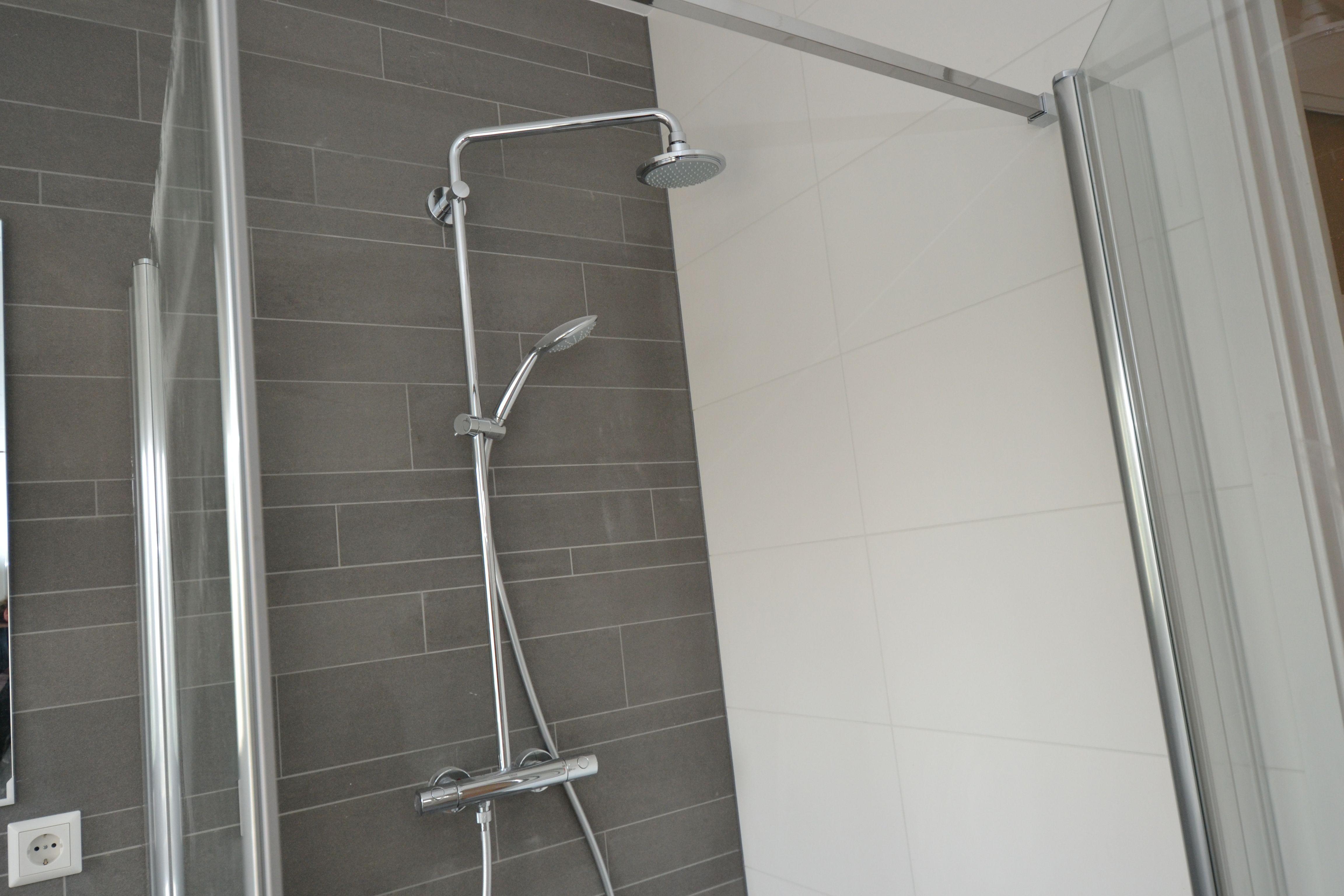 Badkamer Installatie Haarlem : Nieuwe badkamer haarlem omstreken