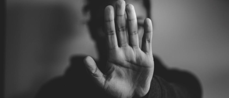 Angst voor afwijzing zorgt ervoor dat je jezelf afwijst