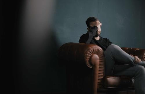 burnout-symptomen-burnout-burnout-genezen-burnout-tips-burnout-genezen-burnout-herkennen-roel-beckers-hypnotherapeut-hypnotiseur-hypnose