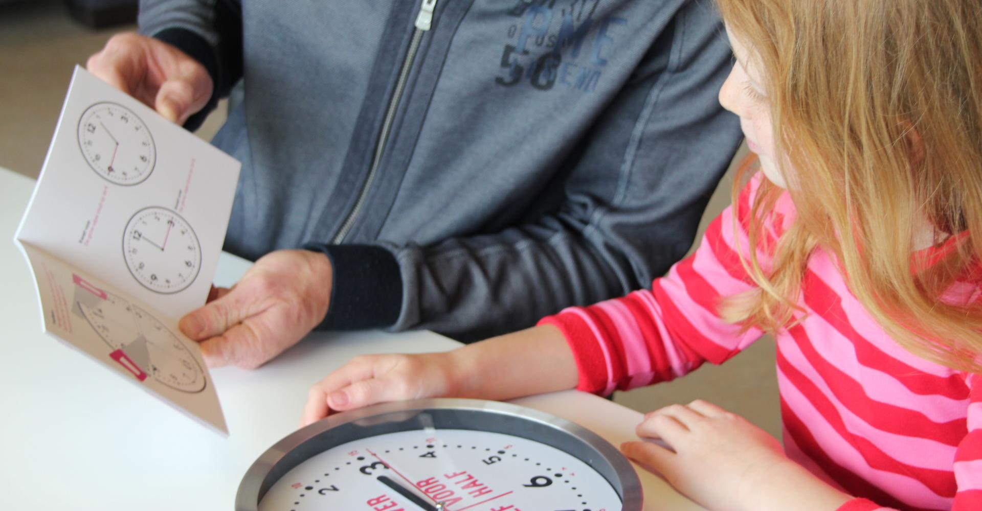 Leren klokkijken kindercoach