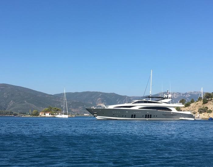 Luxe vakantie privé jacht Griekenland - Indyque Travel