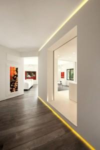 LED strips tussen vloer en muur en muur en plafond