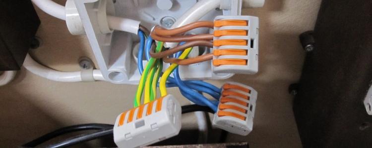 Extreem Elektrische draden verbinden met een kroonsteenje, lasdop of lasklem? RD89