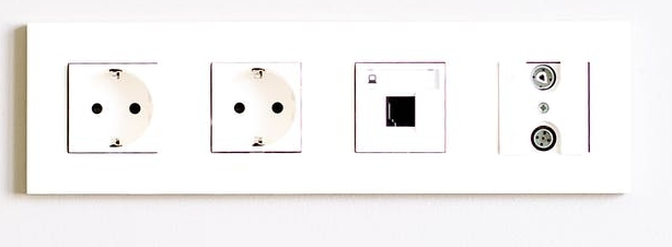 220 volt en 230 volt - stopcontacten