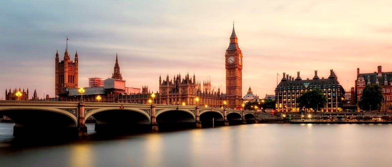 Investeren in Brits Vastgoed? (2021) | Lees hier alle do's & don'ts!