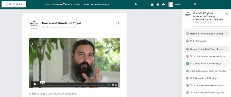 Kundalini Yoga Club Review (2021) + 14 Dagen Gratis Proberen! Guru Gian