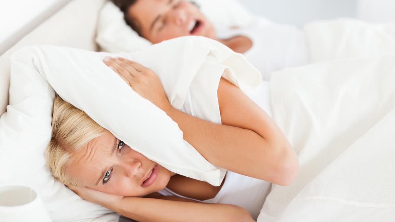 Tips Tegen Snurken | 9 Oorzaken en 8 Tips tegen Snurken!