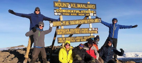 Groepsfoto top Kilimanjaro