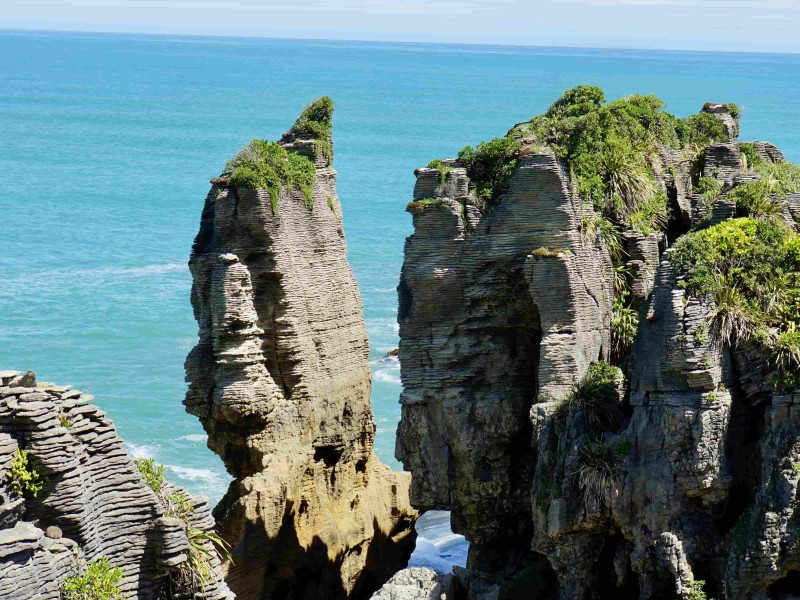 Pancake Rocks in NZ met zeezicht