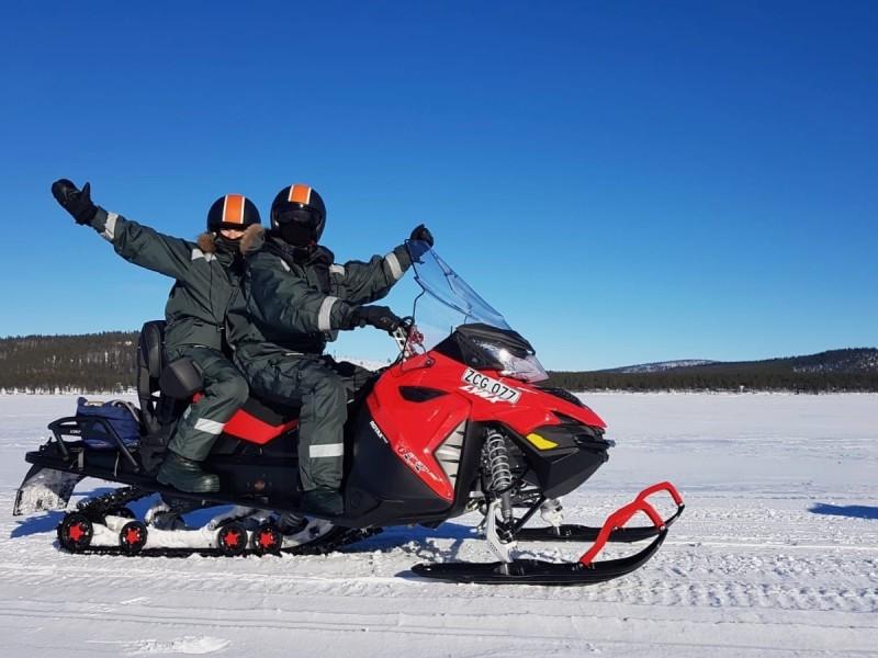 Sneeuwscootertocht in Lapland zonder rijbewijs