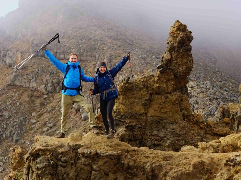 Kaaiman Reizen Reisleiders tijdens de Tongariro Crossing