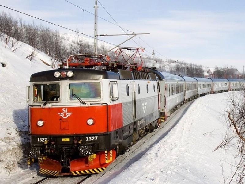 Met de trein door Winters Lapland