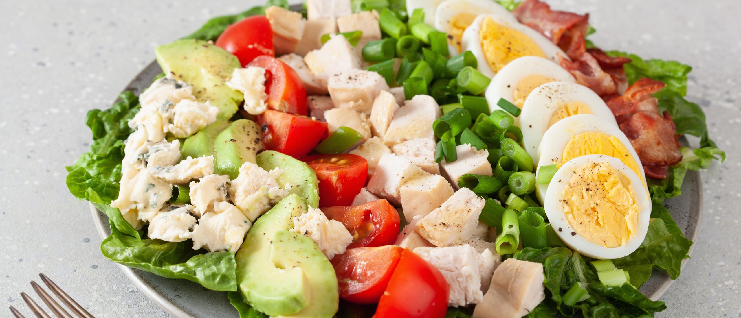 BLT Salade met Kruidige Ranch Dressing