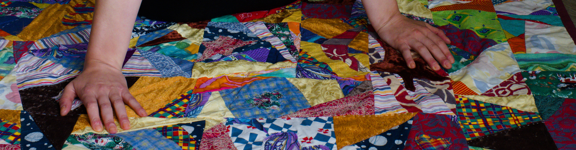 Picknick scrap quilt made by rianne of kick ass quilts