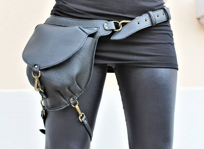 leather-leg-bag-from-locally-sourced-materials-marieke-création
