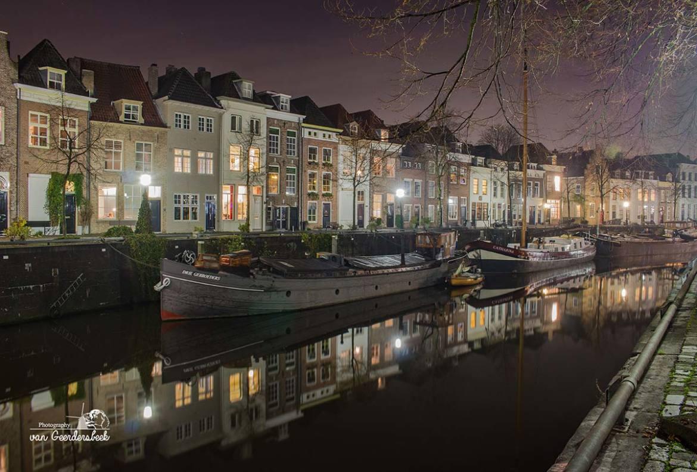 Avondfotografie stad gebouwen Den Bosch
