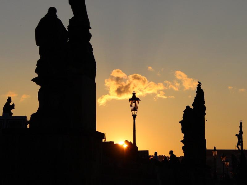 Karelsbrug bij zonsondergang