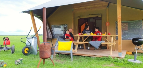 Barntent FarmCamps review