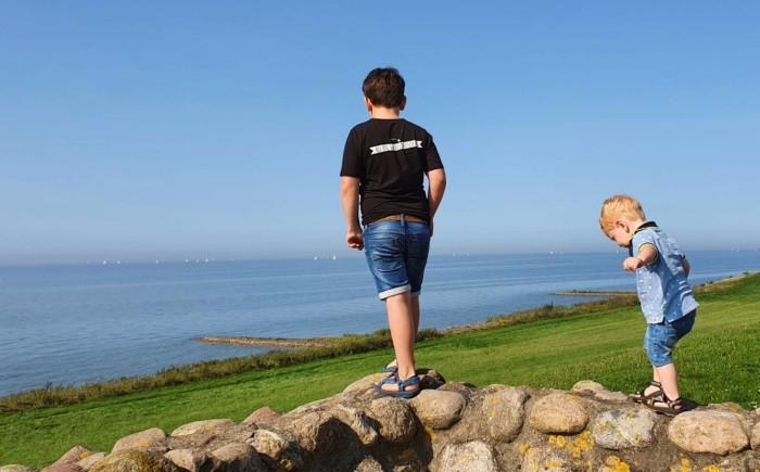 Kliffen van Gaasterland met kinderen