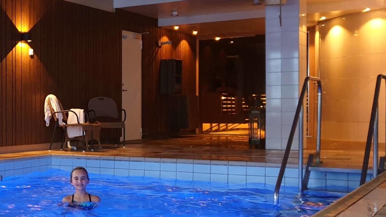 Hotel met zwembad in Zweeds Lapland