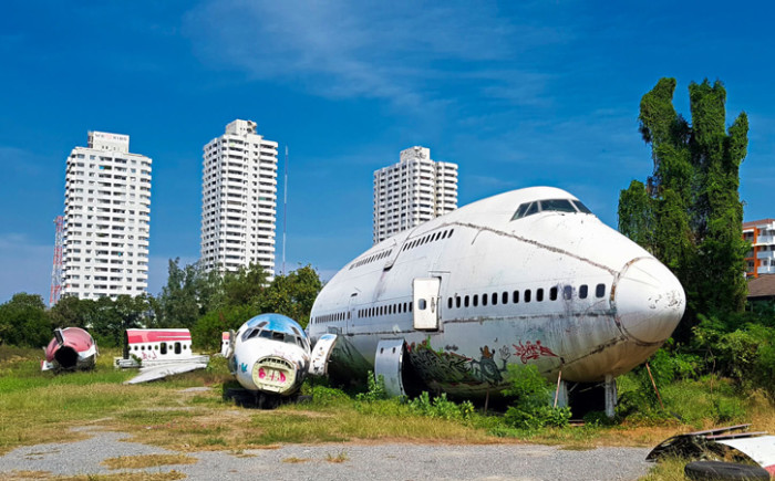 Airplane Graveyard Bangkok met kinderen