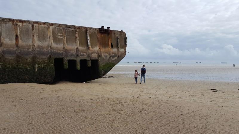 D-Day landing beaches in Normandië met kinderen