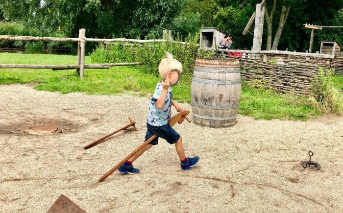 Archeon met kleine kinderen