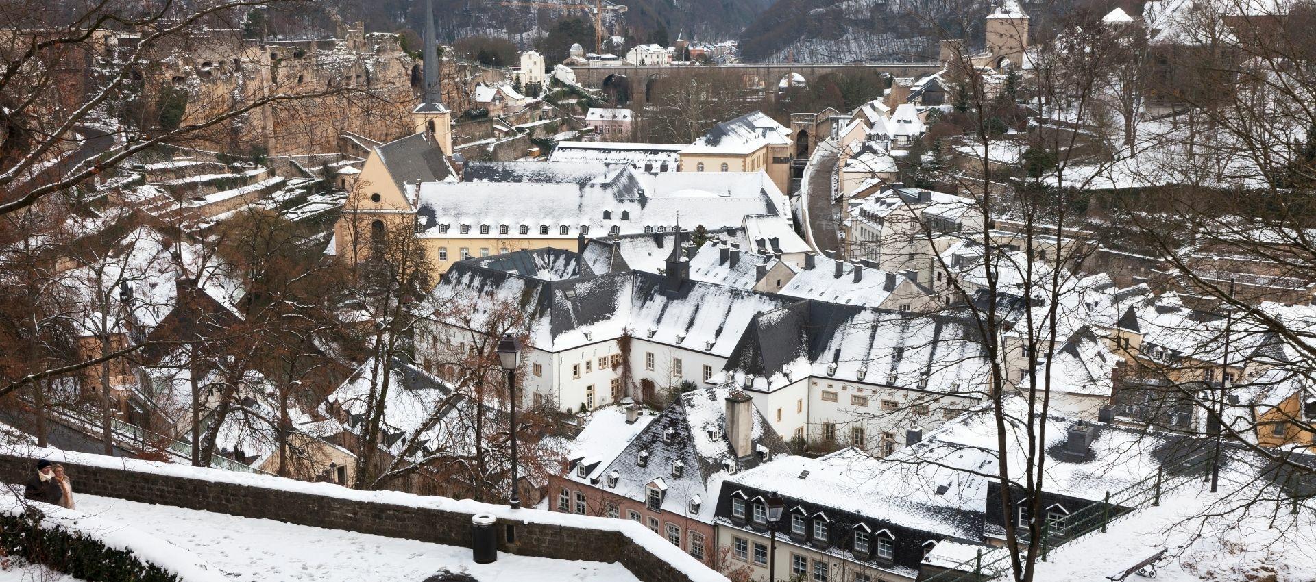 Sprookjesachtig Luxemburg met kinderen tijdens de kerstdagen