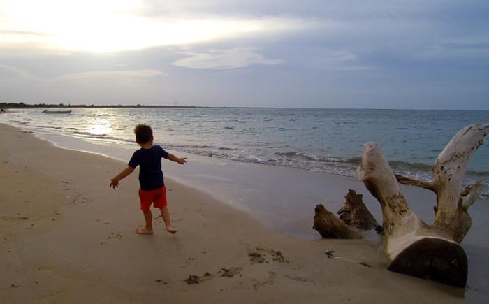 Oostkust Sri Lanka met kinderen