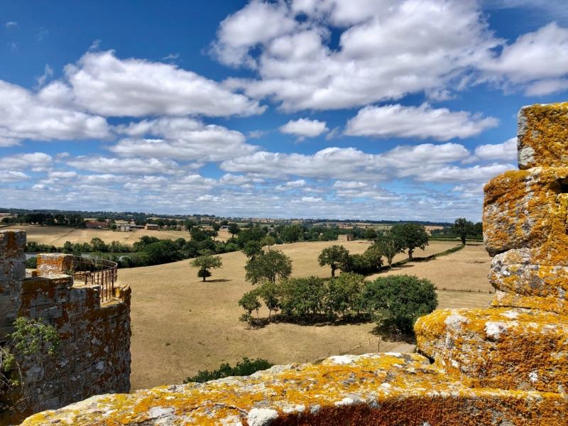 Uitzicht vanaf Forteresse de Bourbon-l'Archambault