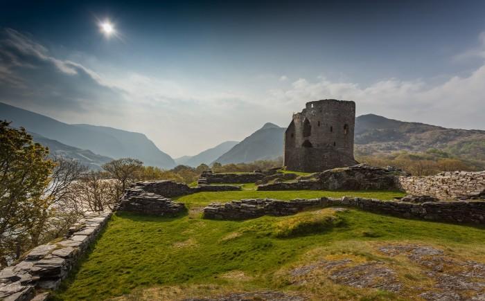 Dolbadarn castle Snowdonia met kinderen