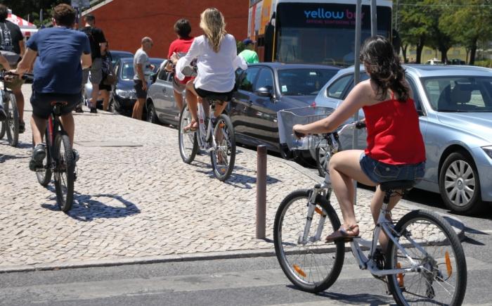 Fietsen in Lissabon met kinderen