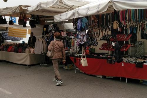 Markten aan het Gardameer op dinsdag