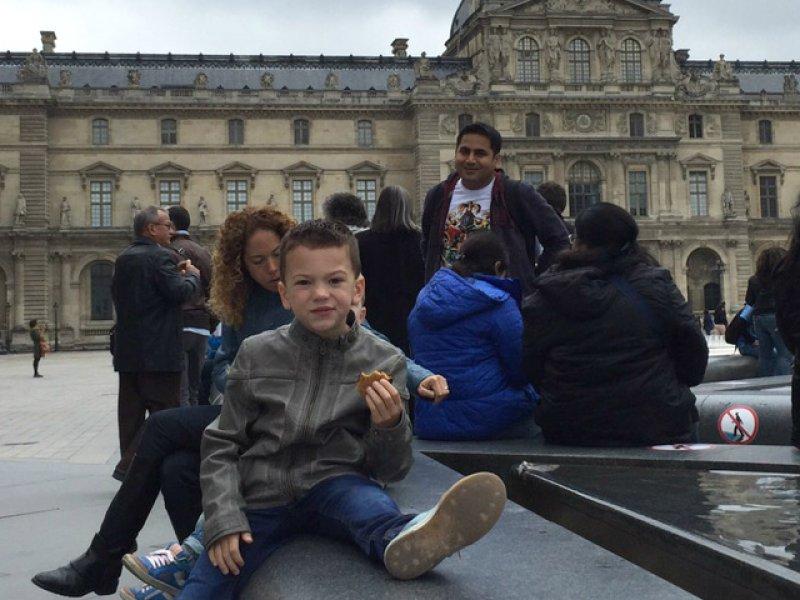 Bezoekje aan het Louvre met kinderen