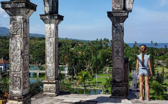 Ujung Water Palace Bali met kids