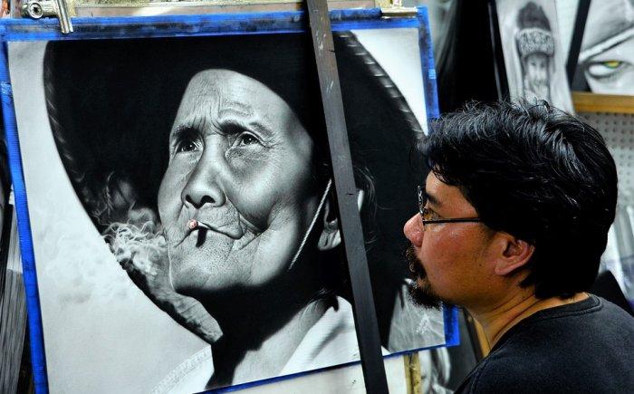 Portret laten tekenen in Thailand