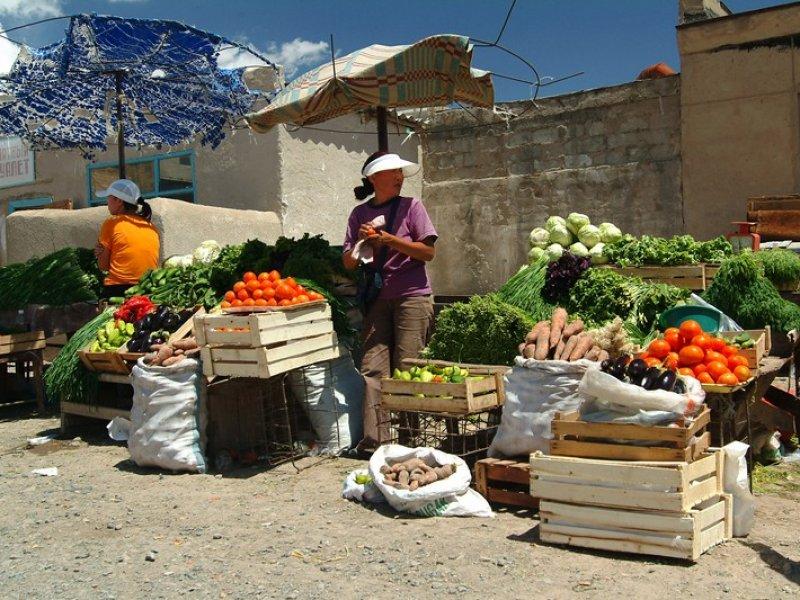 Bazaar Balykchy
