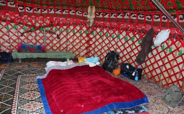 Slapen in een yurt met je gezin in Kirgizië
