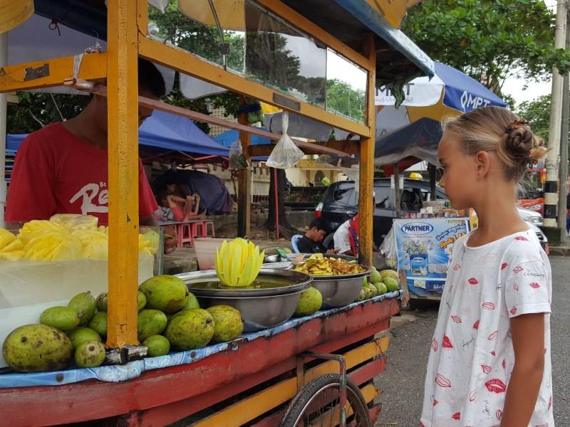 Yangon met een kind