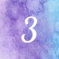het cijfer drie op een achtergrond van blauw