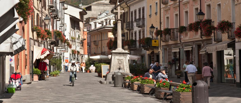 Aosta: bezienswaardigheden, accommodaties en tips