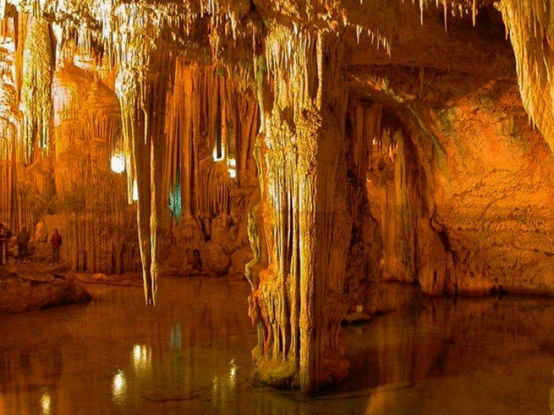 Grotten in Puglia