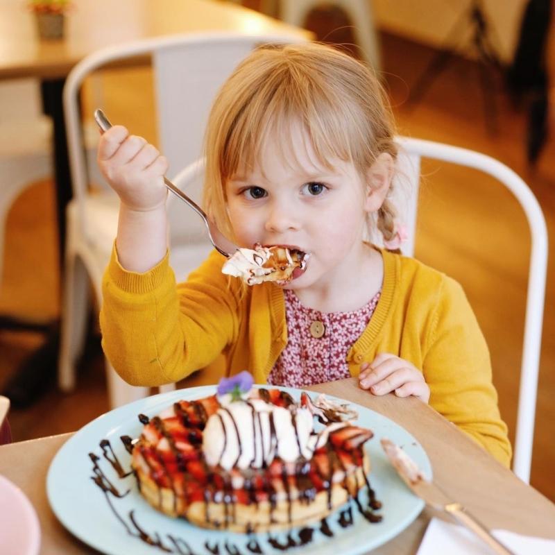 restaurant heart garden waffles beste social media kinderfeestjes