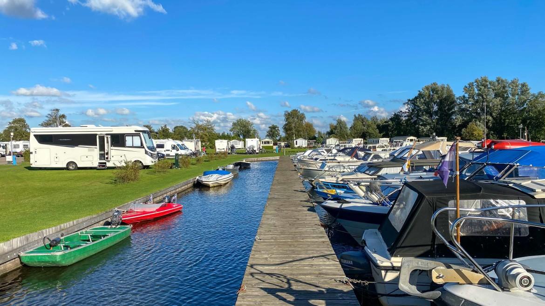 Camperpark Kuikhorne aan het water