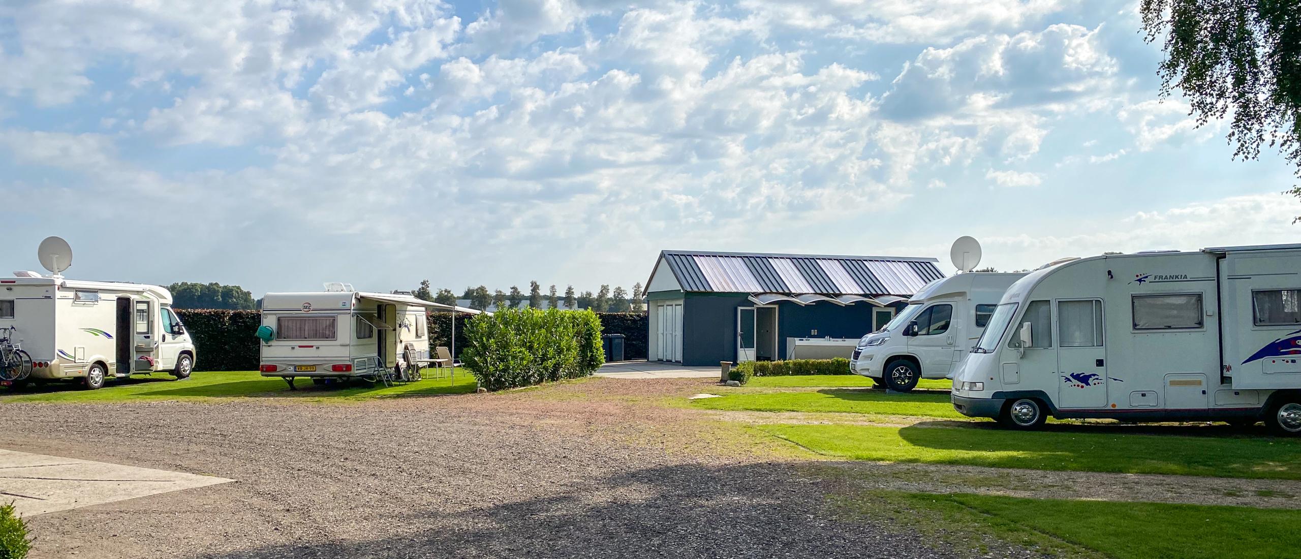 Geniet van het Groninger platteland op Camperpark Turfstee