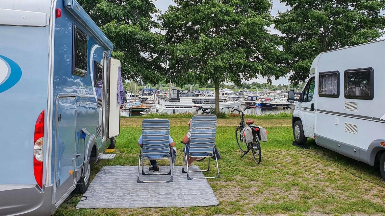 IJsseldelta Marina Hattem - Camperplaats bij een jachthaven