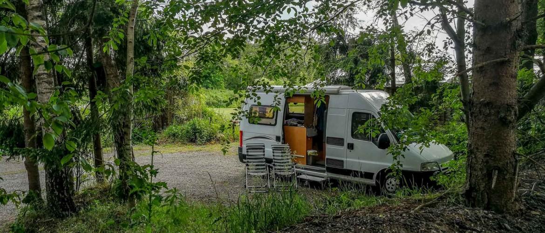 Ontdek 100+ gratis camperplaatsen in België