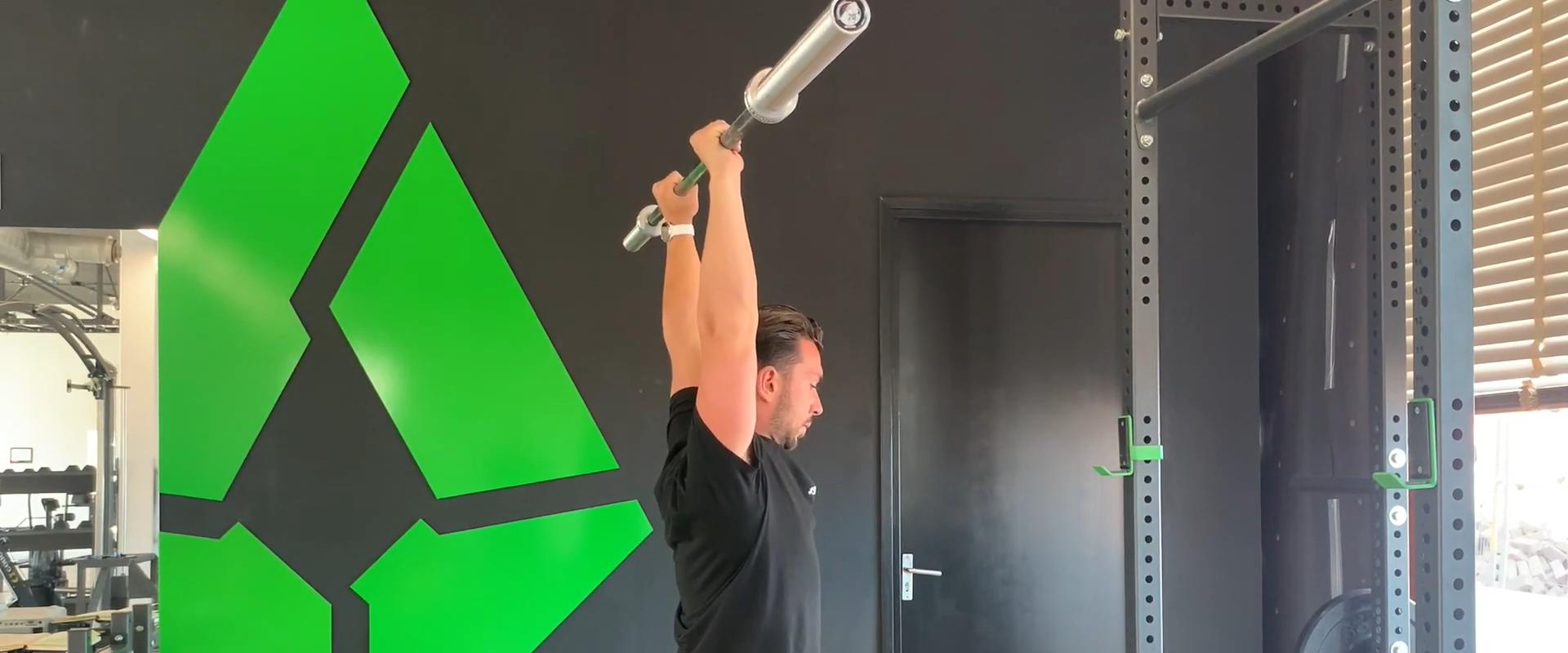 Bewegingsreeks #2: de military (overhead) press. Hoe is jouw schoudermobiliteit?