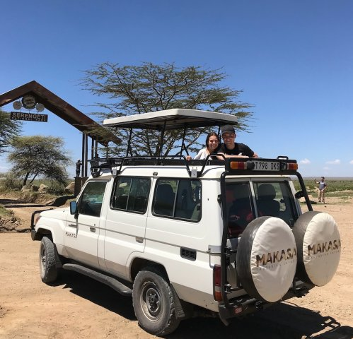 Tanzania Safari Jeep Makasa